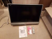 """Panasonic Vierra 32"""" Hi Def LCD TV With Remote And Instructions Old but Works NO STAND"""
