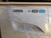 WASHING MACHINE: Zanussi XXL Lindo300 Washing Machine, less than 1 year old.