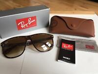 Ray Ban Rb4147 Sunglasses Lenses: Brown, Frame: Tortoise - RB4147 710/51