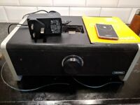 Griffin Amplifi speaker with (old style) Ipod dock