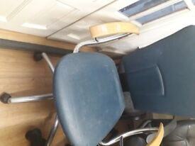 FREE OFFICE CHAIRS (PICKUP ONLY)