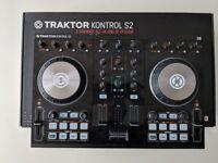 Native Instruments S2 Kontroller DJ Controller