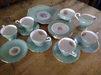 Beautiful high quality vintage Athol 18 peice tea set fine bone China