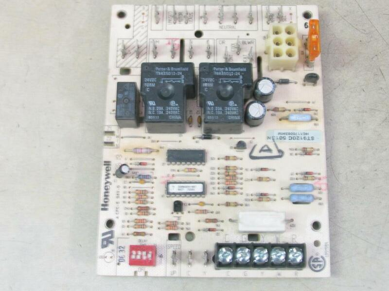 Honeywell ST9120C5013 Furnace Control Circuit Board HQ1170063HW