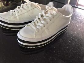 Zara Ladies Size 4/37 Flatform Trainers