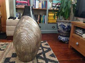Beautiful elegant vase for sale! Perfect condition!