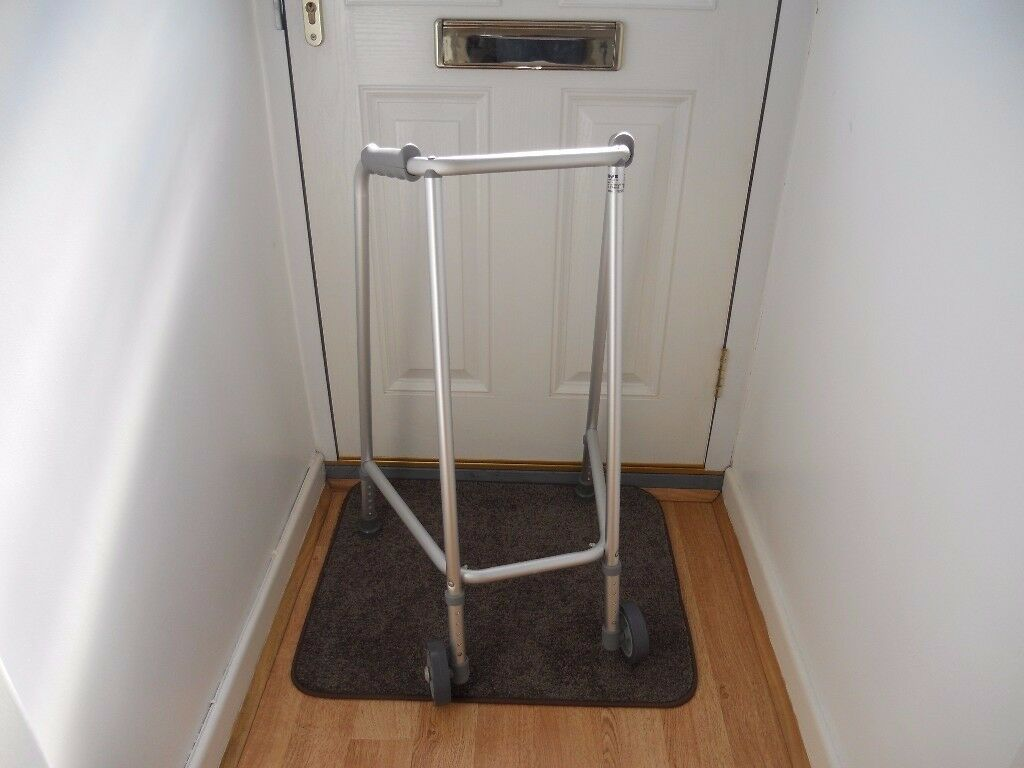 Mobility Disability Walking Aid Fully adjustable Good Condition
