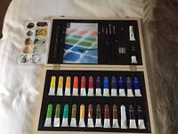 WH Smiths Water Colour Paint Set Virtually Brand New