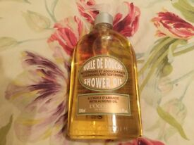 L'occitane almond shower oil, 500mls, new.