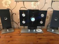 iLuv high fidelity mini audio system radio/CD player with iPod dock