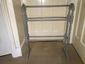 Clothes Horse Stand