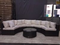 Round Sofa Set Outdoor Rattan Garden Furniture with Coffee Table