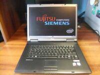 Fujitsu Esprimo Mobile D9500 Laptop