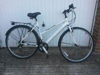 Ladies Hybrid 18speed large Aluminium frame Road Bike has just been serviced
