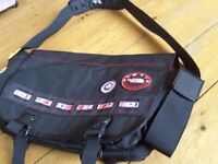 LIMITED EDITION NORTH FACE MESSANGER BAG