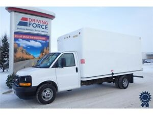 2017 GMC Savana Commercial Cutaway 16 Ft Cube Van, 6.0L V8 Gas