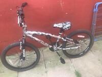 BMX Magna Punish Stunt Bike