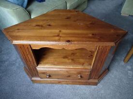 TV Stand Corner Unit - Solid Pine