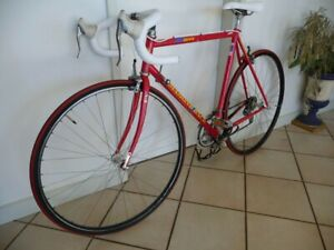 Vintage Diamond Back men's road race bike