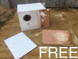 Budgie breeding box