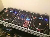 Pair of Denon SC3900 media turntables & Denon DNX 1700 digital mixer in Road Ready Flight case