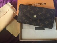 Louise Vuitton Sarah wallet used once