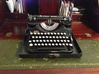 Vtg. Art Deco Underwood Portable Typewriter ex RAF bomber command Abingdon during WW2