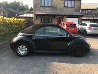 Volkswagen Beetle 1.6 convertible in black