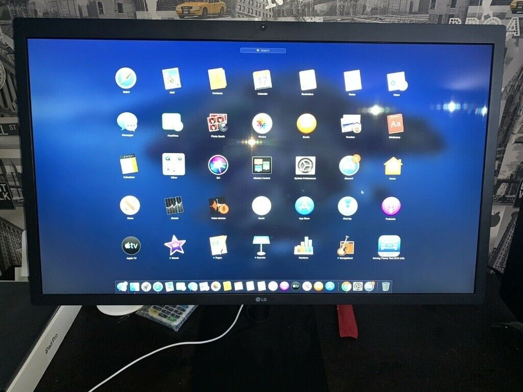 LG UltraFine 5K Monitor (27MD5KA) LG refurbished 5120x2880 Resolution  Display | in Neath, Neath Port Talbot | Gumtree