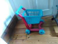 Early Learning Centre Toddler Shopping Trolley In Great Condition For Girls & Boys
