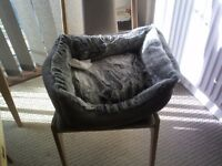 Faux fur cat bed