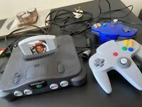 Nintendo 64 & 2 controllers & goldeneye 007