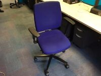 BLUE OFFICE CHAIRS WITH ADJUSTABLE ARMS
