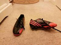 Boys football boot / trainers