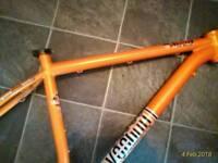 "voodoo aizan 20"" frame for 29"" wheels"