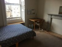 Nice double room in a friendly flat