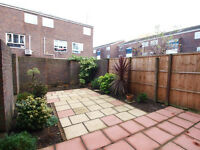 Very Large 1/2 bed flat with private garden very short walk of old street station