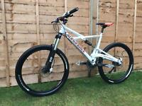 Cannondale prophet Downhill Bike, HIGH SPEC, LIKE NEW, DEORE
