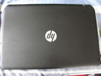 Hp 255 G3 proessional black laptop as good as new