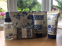 Laura Ashley Royal Bloom Bath Set New