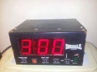 Boxing clock 60ono