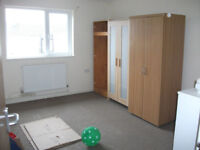 2 X WARDROBES AS PICTURE £25 FOR BOTH CAN DELIVER