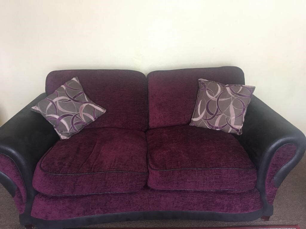 Sensational 2 Seater Sofa In Kings Heath West Midlands Gumtree Squirreltailoven Fun Painted Chair Ideas Images Squirreltailovenorg
