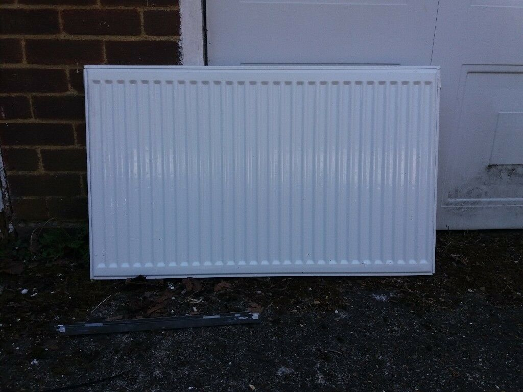 Double radiator 100cm x 60cm | in Sutton, London | Gumtree
