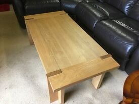 Top quality solid oak coffee table