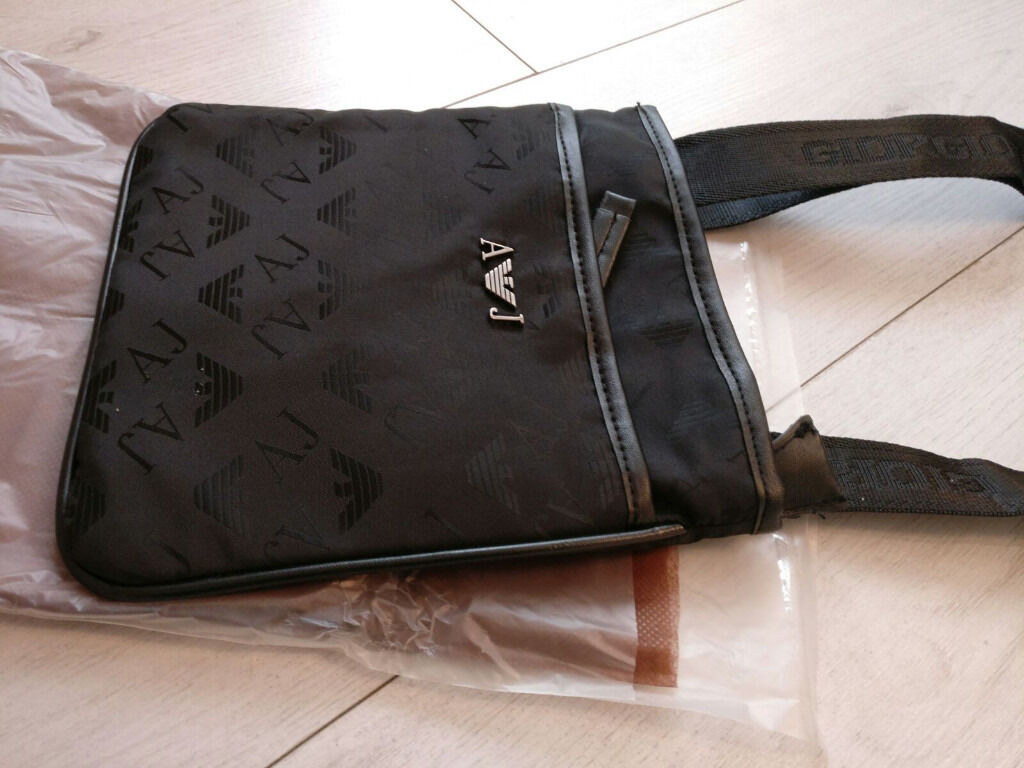 ARMANI MAN BAG, SIDE BAG, POUCH.. EA7 AJ | in Leytonstone, London ...