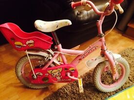 Girls pink cupcake halfords cycle age 3 to 5 berg good condition price 35 pounds