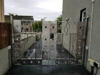 Stainless steel gate's