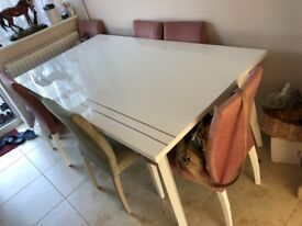 White glossy table for x 8 people