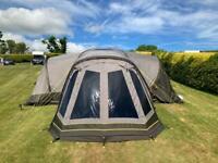 Zempire Aerodome 3 Tent